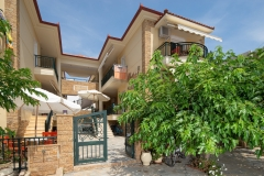 Sarti-Hotel-Ammos-Rooms-Apartments-Studios-Halkidiki-003