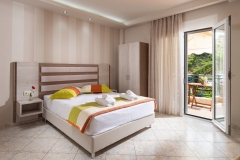 Sarti-Hotel-Ammos-Rooms-Apartments-Studios-Halkidiki-triple-003